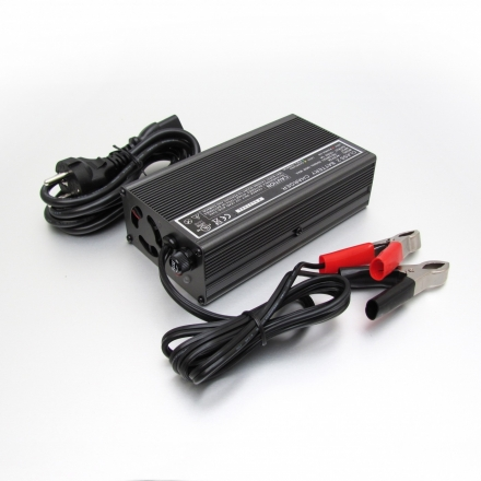 Charger EM-1212A